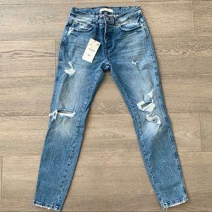 Zara - Ripped Jeans (BRAND NEW)